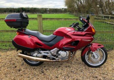 Honda-Deauville-650cc-2000-0