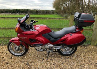 Honda-Deauville-650cc-2000-0-5